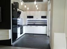 Компактная кухонная стенка