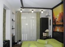 Спальная комната - вид от двери